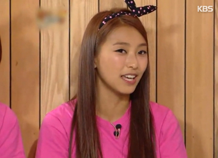 SISTAR's Bora Considering First Role In Film